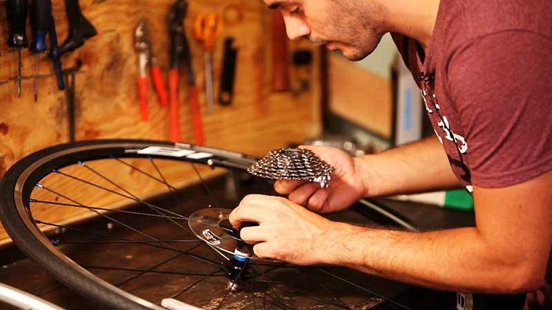Negocio reparación de bicicletas