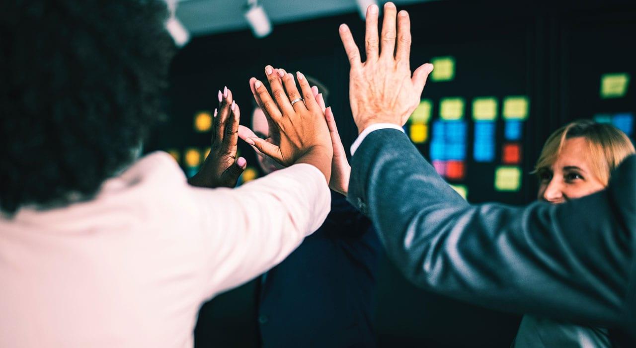 5 estrategias para mejorar la comunicación en tu empresa CRM